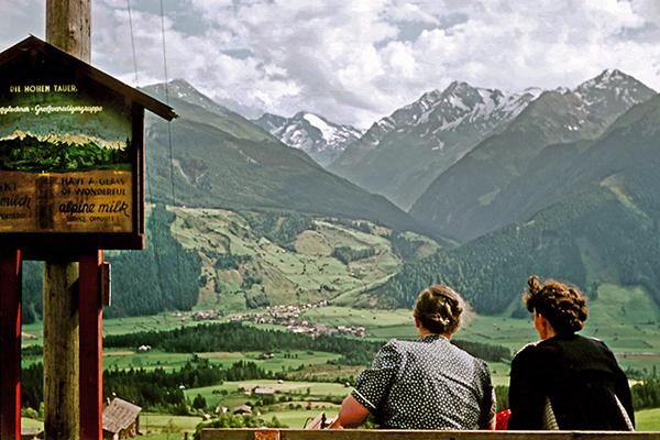 Aussicht auf die Hohen Tauern und alpine Milk, 1955