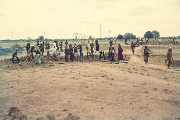 Bau einer Fabrik in Neyveli, 1962