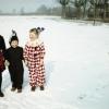 Nr. 191772_Kostümierte Kinder im Schnee