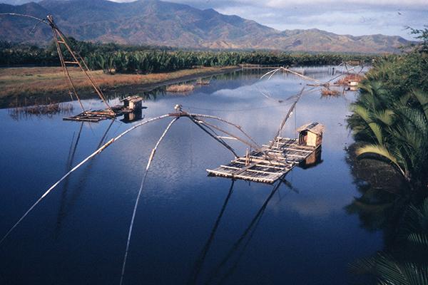 Fischerflöße in den Philippinen, 1986