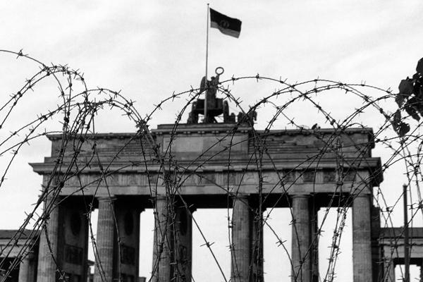 Grenze am Brandenburger Tor, 1967