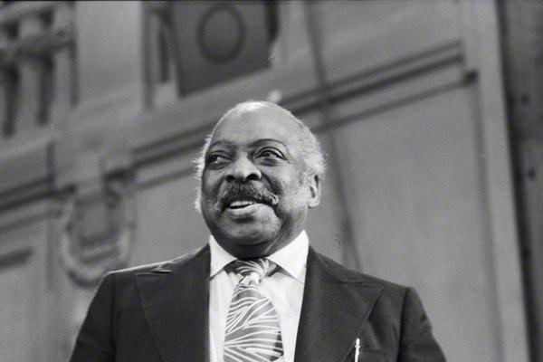 Count Basie in Prag im Rahmen des Jazzfestivals im Oktober 1974.