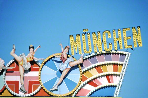 Detailansichten und Impressionen vom Oktoberfest 1983