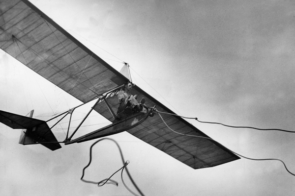 Segelflieger - Drahtseil klingt nach dem Start aus