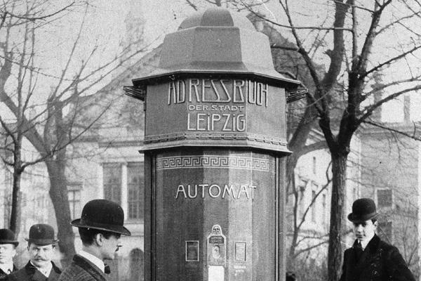 Ein in Leipzig aufgestellter Automat, mit dem man Adressen nachschlagen konnte.