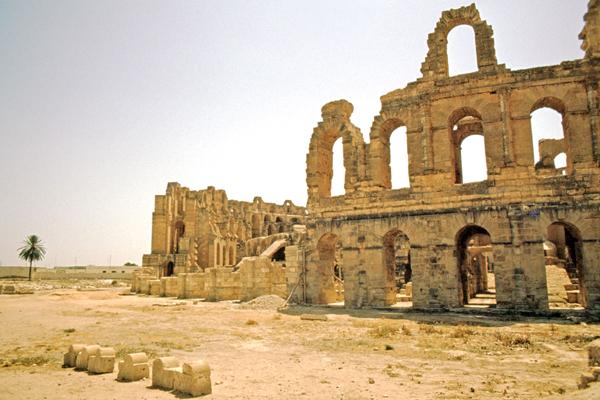 antikes römisches Amphitheater bei Gabes, Tunesien